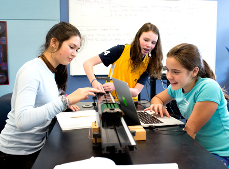 Girls in stem the girls middle school ccuart Choice Image